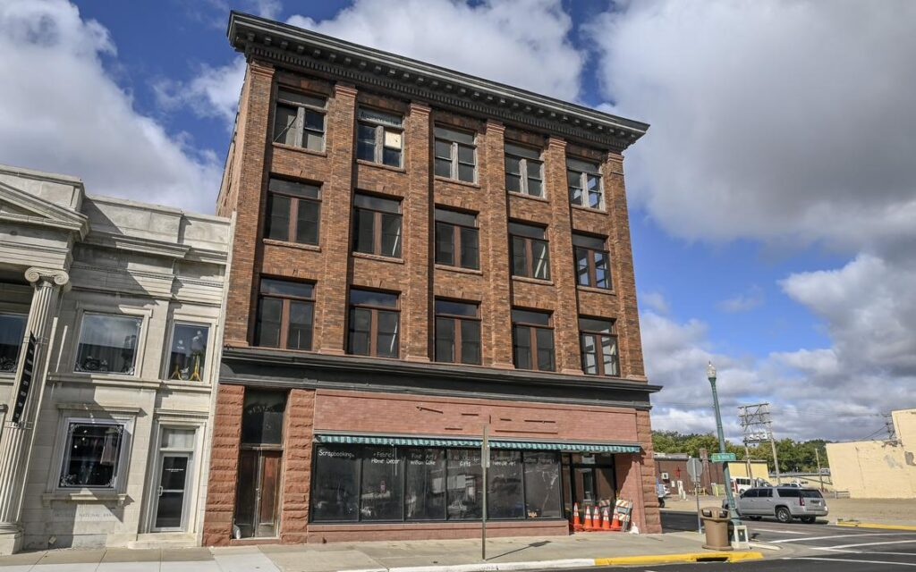 Mitchell City Council tabs new contractor to remove lead inside former Crafty Fox building